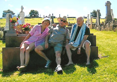 Barbara Lunnon, Kevin Roberts & Mike Fuller-Lewis at Gerringong Cemetry